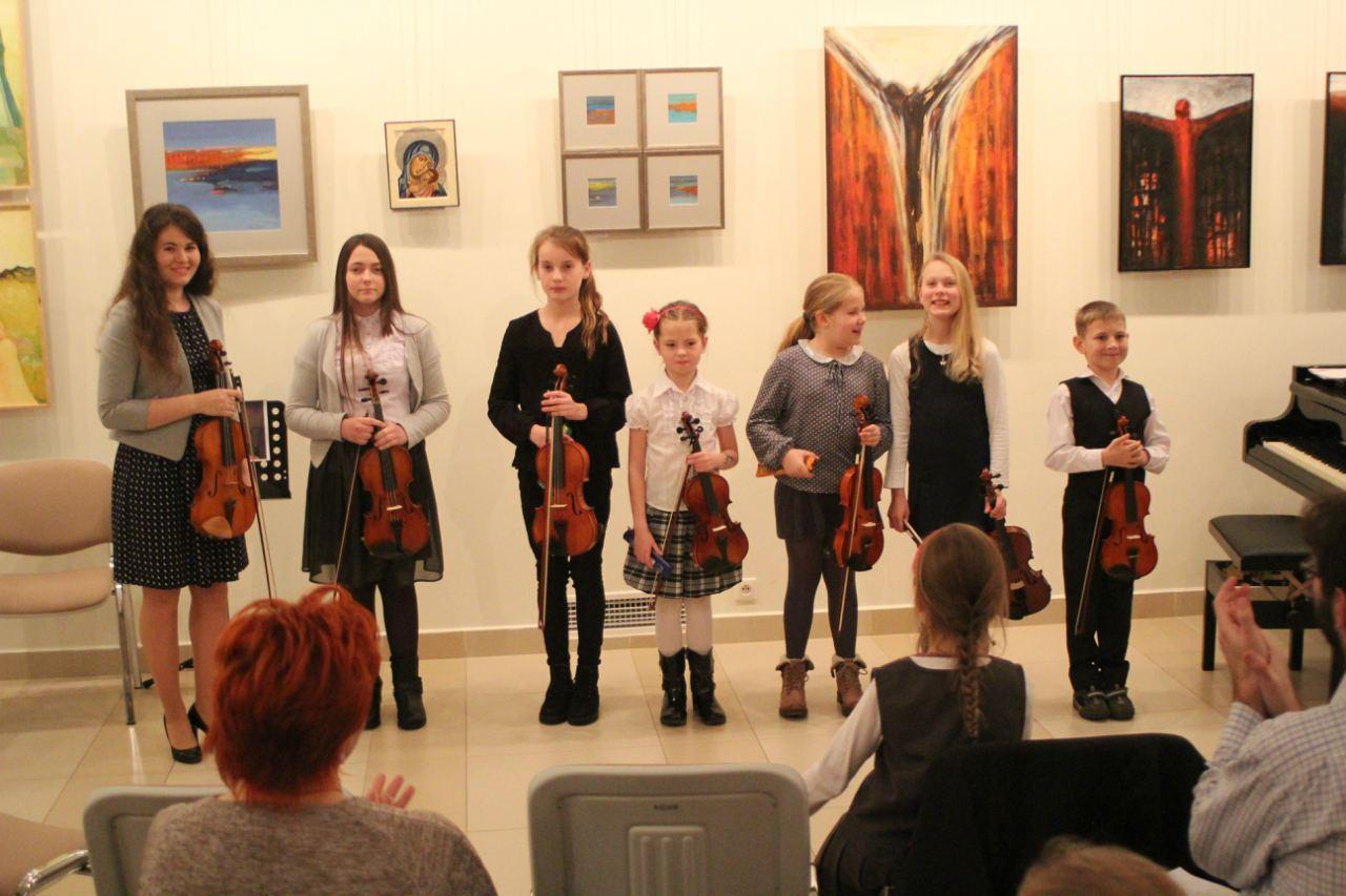 Audycja muzyczna klasy skrzypiec