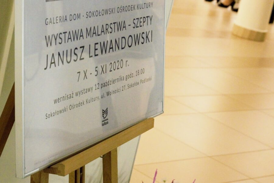 """""""Szepty"""" Janusza Lewandowskiego"""